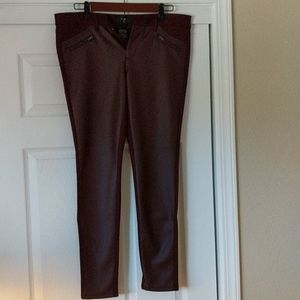 Faux leather front skinny jeans in maroon